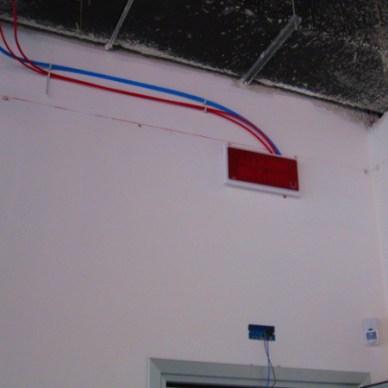 Impianto antincendio con segnaletica di emergenza