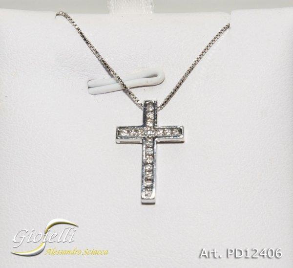 Collana in oro bianco maglia veneziana con pendente croce con diamanti