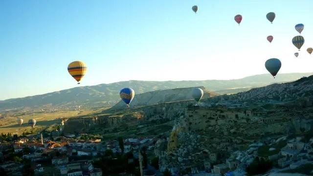 Voar de balão na Capadócia, Turquia (Foto: Esse Mundo É Nosso)