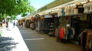 Bazar na entrada do museu de Göreme (Foto: Esse Mundo É Nosso)