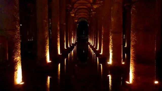 Cisterna da Basílica - Istambul, Turquia (Foto: Esse Mundo É Nosso)