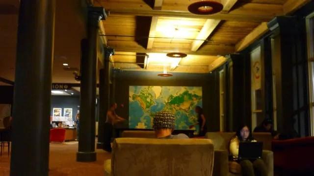 Área de lazer do H.I. Chicago Hostel (Foto: Esse Mundo é Nosso)