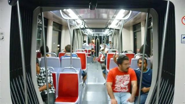 Tram - Como ir do aeroporto de Istambul ao centro (Foto: Esse Mundo É Nosso)