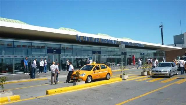 Aeroporto de Istambul - Terminal Doméstico (Foto: Esse Mundo É Nosso)