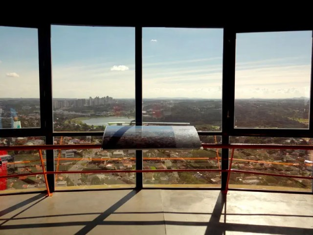 Torre da Telepar Oi - Vista panorâmica de Curitiba (Foto: Esse Mundo É Nosso)