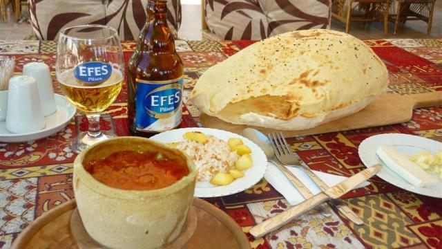 Comida Típica da Turquia - Testi kebap - Cozinha Anatólia (Foto: Esse Mundo É Nosso)
