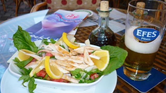 Comida Típica da Turquia - Salada de polvo (Foto: Esse Mundo É Nosso)