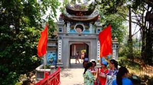 Lago Hoan Kiem - Templo Ngoc Son - Hanoi, Vietnã (Foto: Esse Mundo É Nosso)