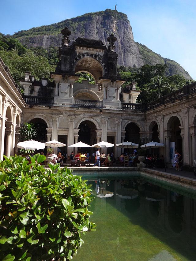 Café da manhã no Rio de Janeiro - Parque Lage (Foto: Esse Mundo É Nosso)