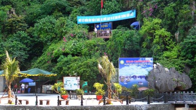 Entrada da Thien Cung Cave em Halong Bay, Vietnã (Foto: Esse Mundo É Nosso)