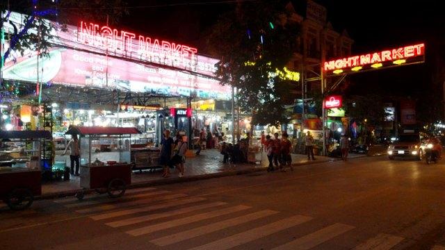 Night Market em Siem Reap, Camboja (Foto: Esse Mundo É Nosso)