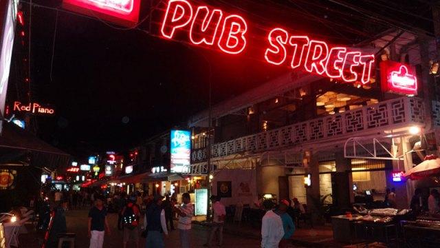 Pub Street em Siem Reap, Camboja (Foto: Esse Mundo É Nosso)