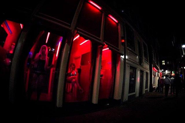 Red Light: (Foto: [Foto Danielteolijr - CC 3.0])