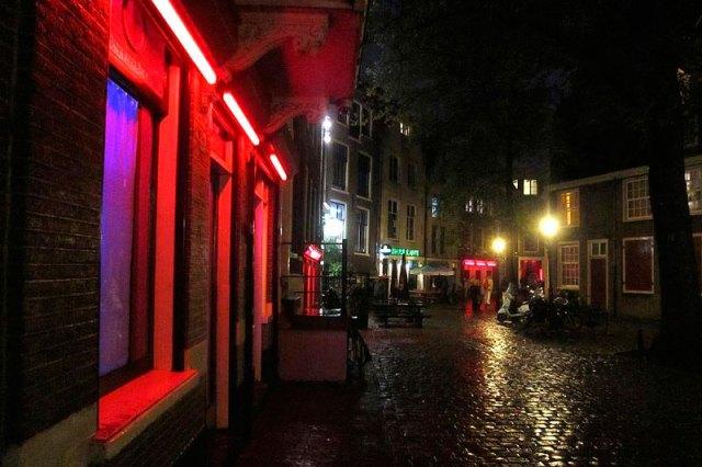 Red Light (Foto: Anjaneyadas - CC 3.0)