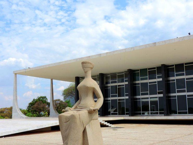 O que fazer em Brasília - Praça dos 3 Poderes - STF (Foto: Esse Mundo É Nosso)