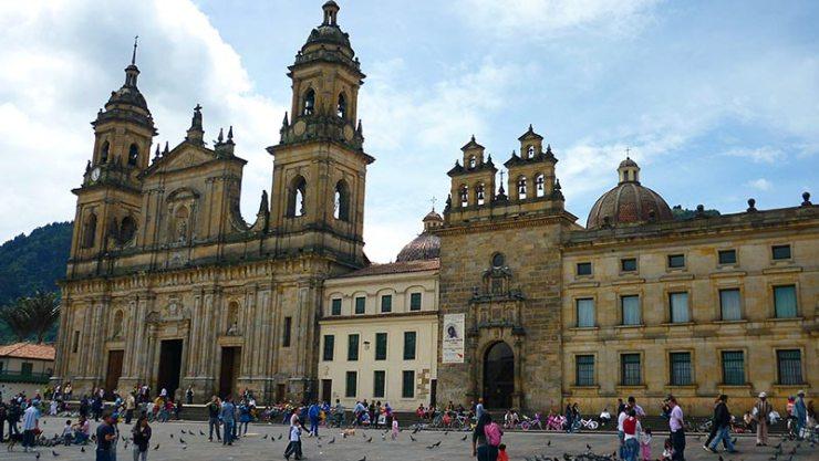 Conexão em Bogotá - Plaza de Bolívar (Foto: Esse Mundo É Nosso)