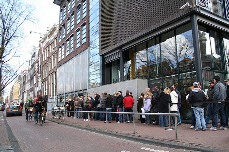 Casa da Anna Frank - Conexão em Amsterdam [Foto: Massimo Catarinella (CC BY-SA 3.0)]