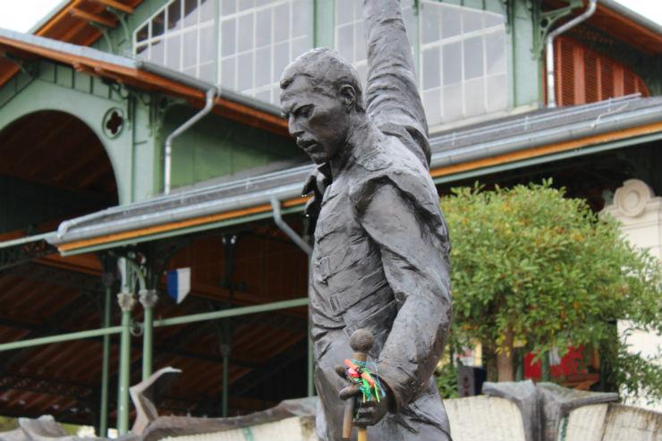 Estátua de Freddie Mercury em Montreux (Foto: Esse Mundo É Nosso)