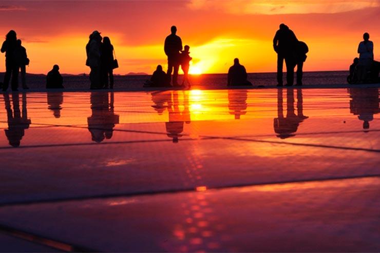 Saudação ao Sol em Zadar (Foto via Shutterstock)