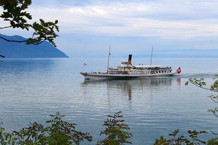 Barco a vapor em Vevey, Suíça (Foto: Esse Mundo É Nosso)