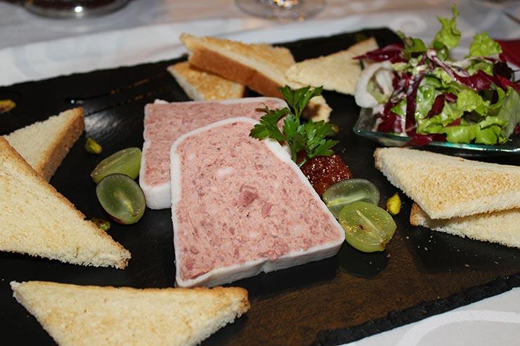 Onde comer em Montreux - Les 4 Saison (Foto: Esse Mundo É Nosso)