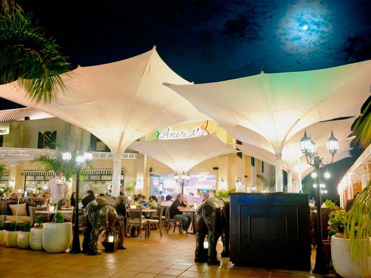 Onde comer em Aruba (Foto: Facebook Giannis Group)