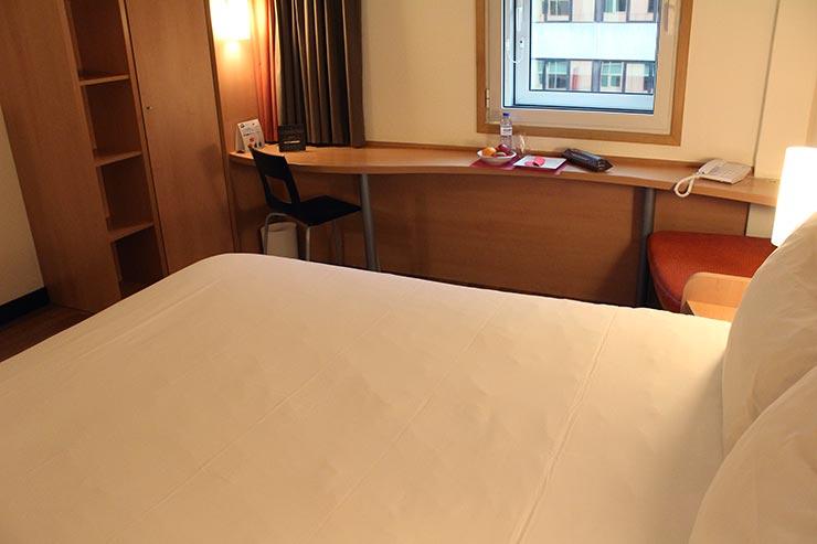 Hotel ibis em Lisboa: Quarto do ibis Liberdade (Foto: Esse Mundo É Nosso)