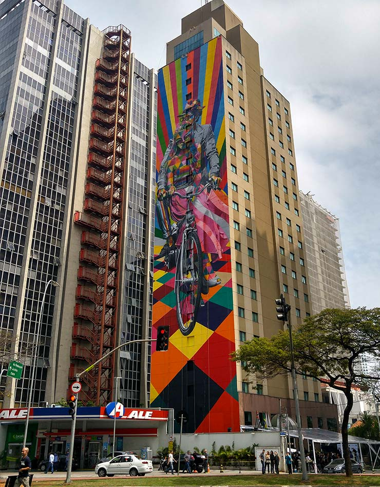 Mural do Kobra Faria Lima, em SP (Foto: Esse Mundo É Nosso)