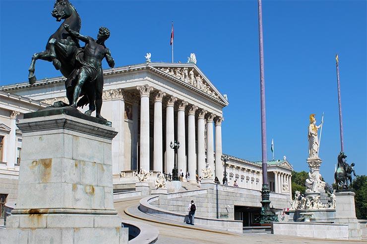 Pontos turísticos de Viena: Parlamento (Foto: Esse Mundo É Nosso)