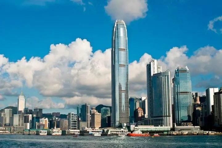 Compras em Hong Kong (Foto: Reprodução/Facebook)