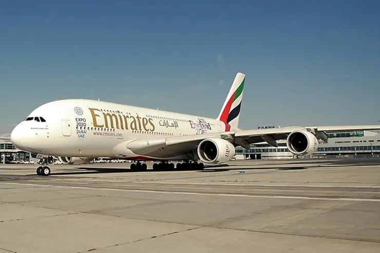 Emirates vai voar para o Brasil com o maior avião do mundo (Foto via Shutterstock)