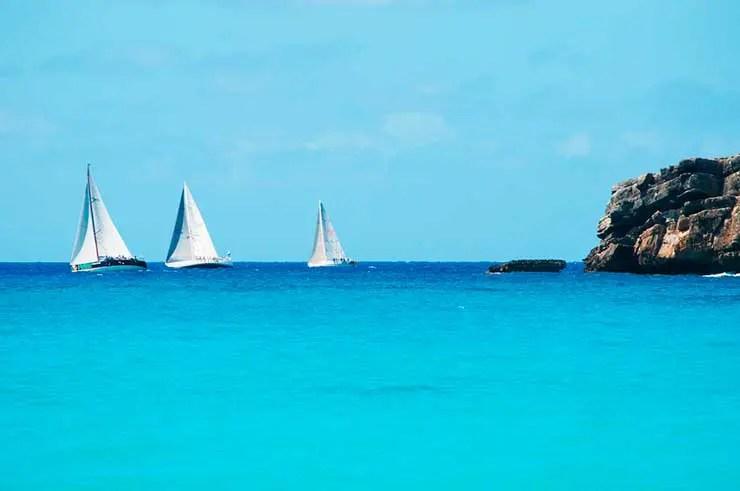 Lua de mel no Caribe (Foto via Shutterstock)
