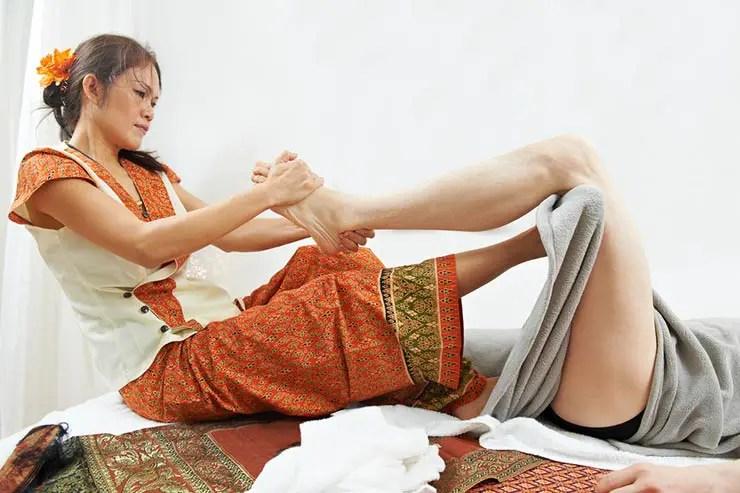 Massagem Tailandesa (Foto via Shutterstock)