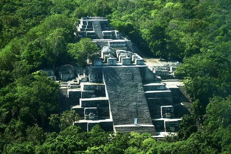 Sítio Arqueológico de Calakmul, México (Foto via Shutterstock)