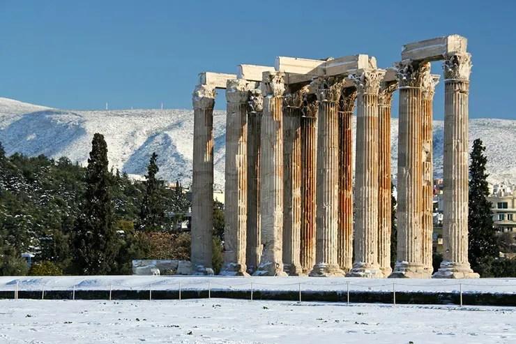 Quando ir pra Grécia: Qual a melhor época pra viajar (Foto via Shutterstock)