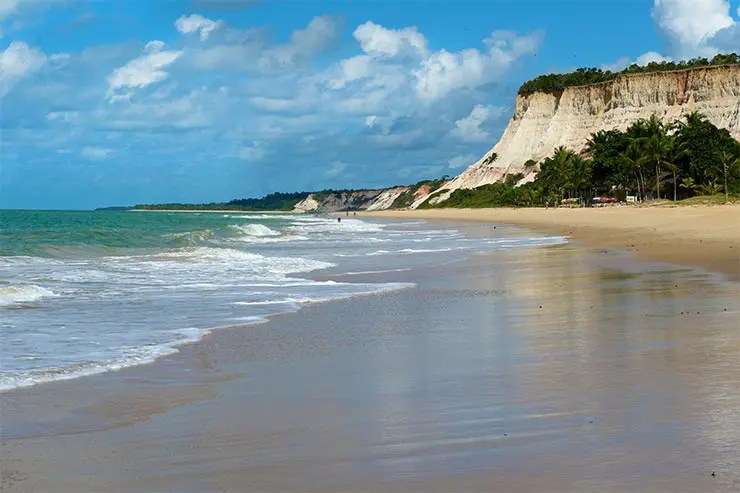 Mar da Praia da Lagoa Azul em Arraial d'Ajuda (Foto: Esse Mundo é Nosso)