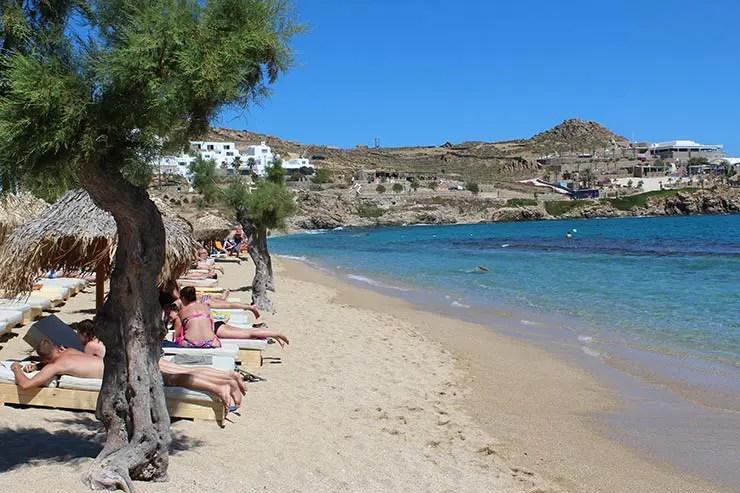 As melhores praias de Mykonos - Paraga (Foto: Esse Mundo É Nosso)