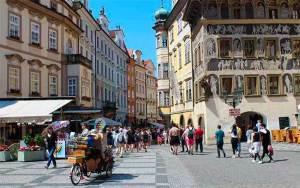 Golpes em Praga (Foto: Esse Mundo é Nosso)