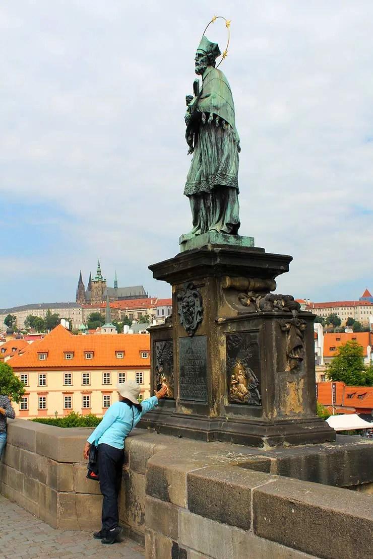 Ponte Carlos em Praga (Foto: Esse Mundo é Nosso)