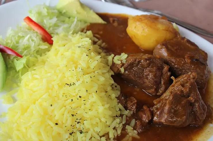 Seco - Pratos típicos do Equador (Foto: Esse Mundo É Nosso)