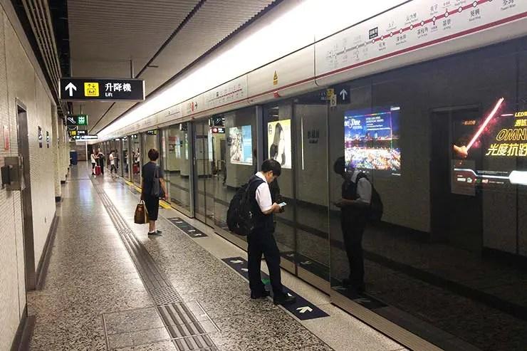 Estação do metrô de Hong Kong (Foto: Esse Mundo É Nosso)