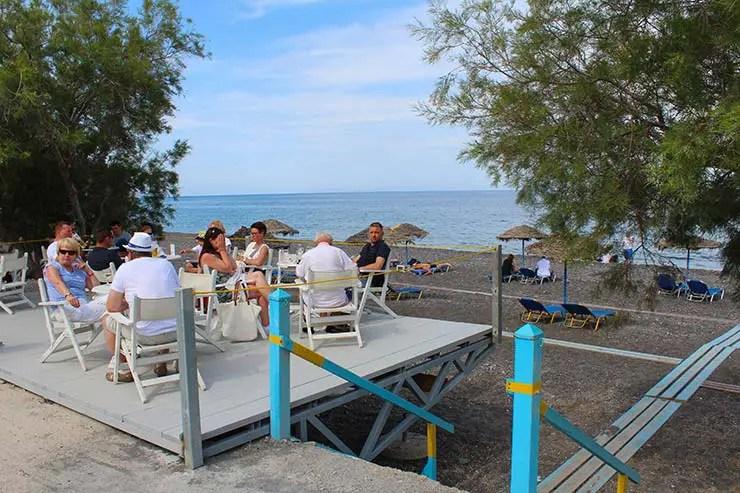 Kamari em Santorini (Foto: Esse Mundo É Nosso)