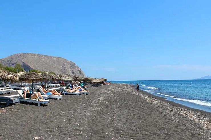 Praias de Santorini - Perissa (Foto: Esse Mundo É Nosso)