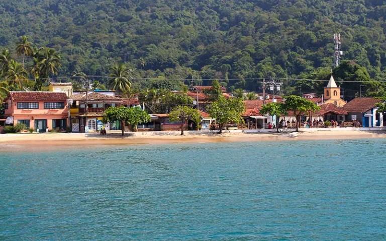 Vila do Abraão em Ilha Grande (Foto: Esse Mundo É Nosso)