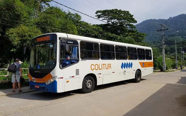 Como ir de Paraty para Trindade: Ônibus que faz o trajeto (Foto: Esse Mundo É Nosso)