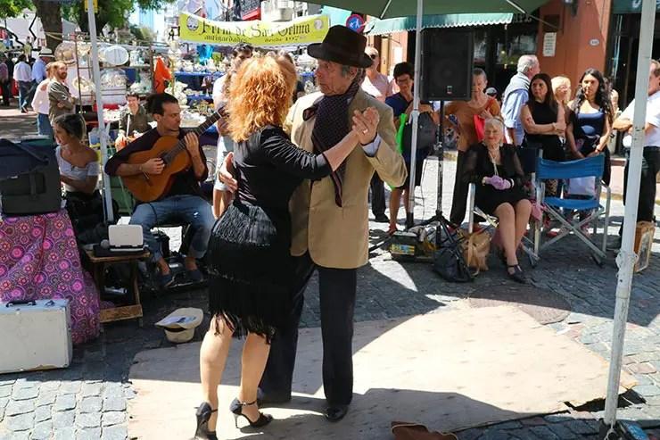 Dançarinos de tango na Feira de San Telmo (Foto: Esse Mundo é Nosso)