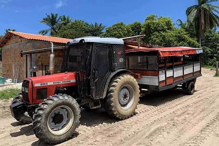 Trator em Boipeba, Bahia (Foto: Esse Mundo É Nosso)