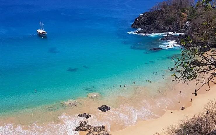 Baía do Sancho: melhor praia do mundo (Foto: Esse Mundo É Nosso)