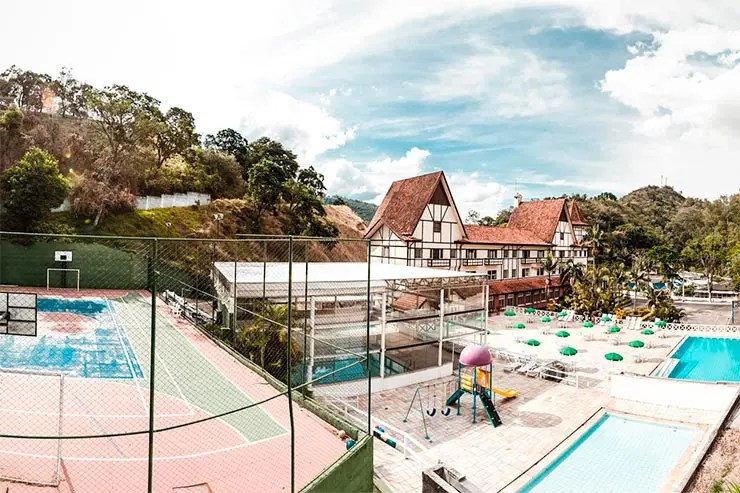 Área externa do Grand Hotel Glória (Foto: Reprodução/Booking)