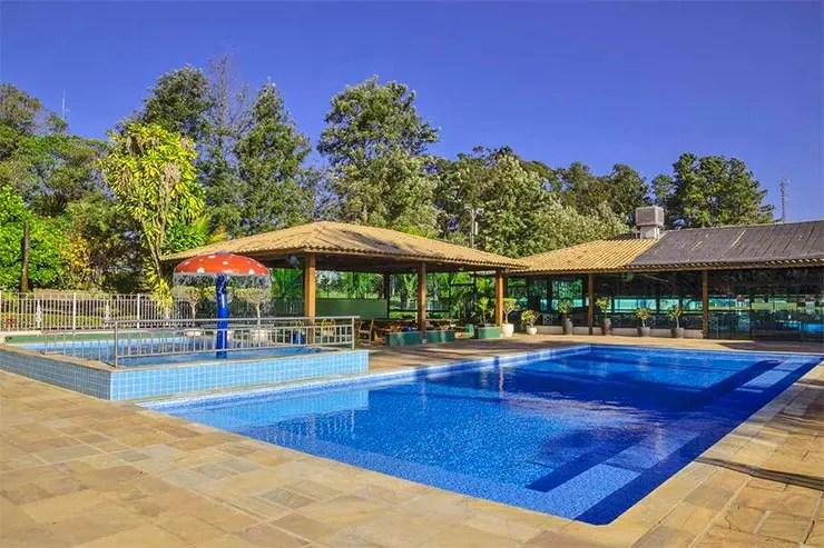 Piscina do Brotas Eco Resort (Foto: Reprodução/Booking)